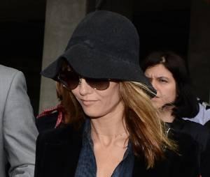 Vanessa Paradis bien cachée mais quand même remarquée pour son arrivée à Cannes