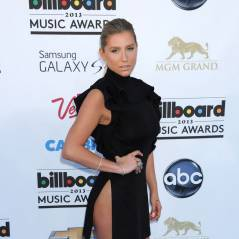 Kesha sans culotte aux Billboard Music Awards 2013