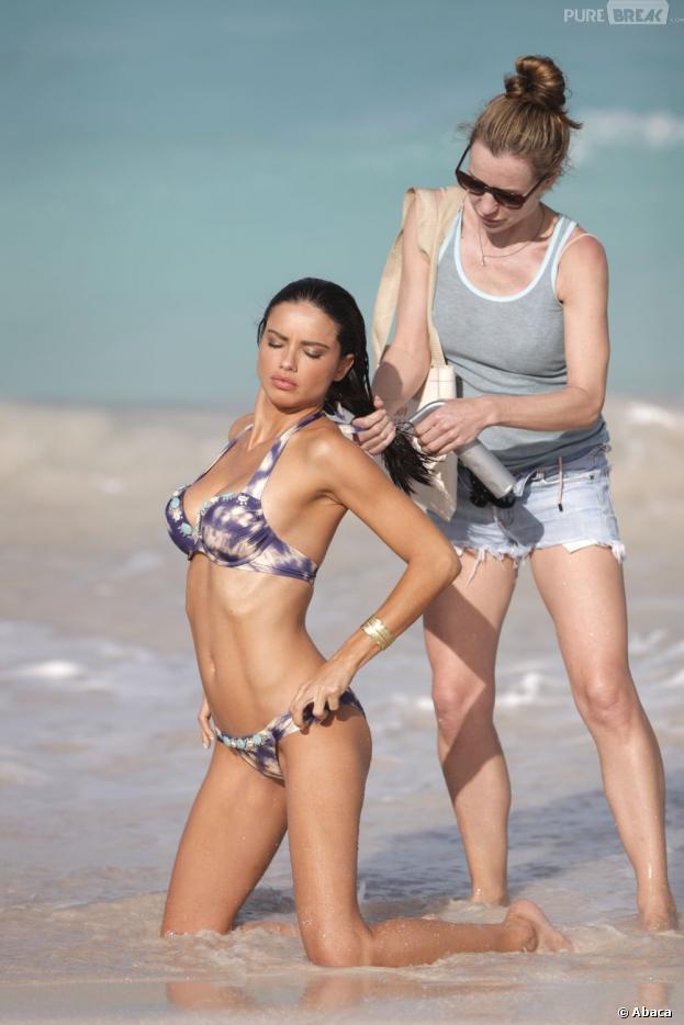 Etre aussi hot qu'Adriana Lima à la plage ? C'est (presque) possible