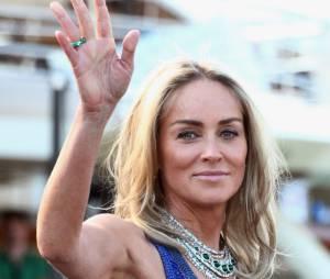 Sharon Stone mise en beauté le 22 mai au Festival de Cannes 2013
