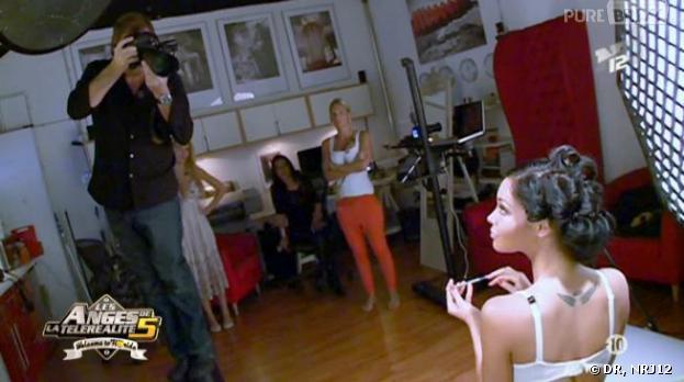 Nabilla et son shooting glamour à souhait dans les Anges 5.