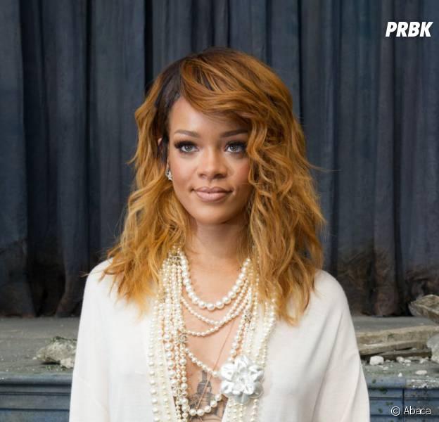 Rihanna dans une robe très hot lors de la Fashion Week de Paris