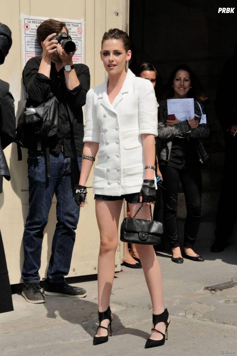 Kristen Stewart au défilé Chanel le 2 juillet 2013 à la Fashion Week de Paris