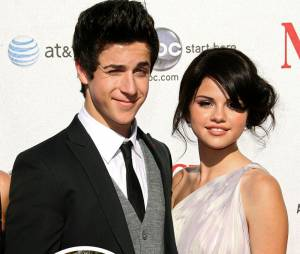 Selena Gomez et David Henrie des Sorciers de Waverly Place en couple