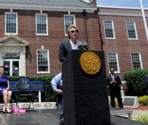 Jon Bon Jovi ému et mobilisé dans le New Jersey, lundi 8 juillet 2013
