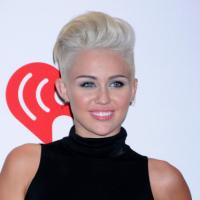 "Miley Cyrus : une pétition pour que ""Party In The USA"" devienne le nouvel hymne américain"
