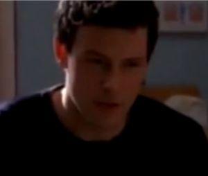 Cory Monteith chante Jessie's Girl dans la saison 1 de Glee