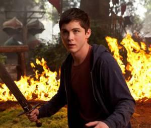 Logan Lerman reprend du service dans Percy Jackson : La Mer des Monstres