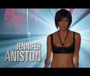 Jennifer Aniston a une barre de pole dance chez elle.