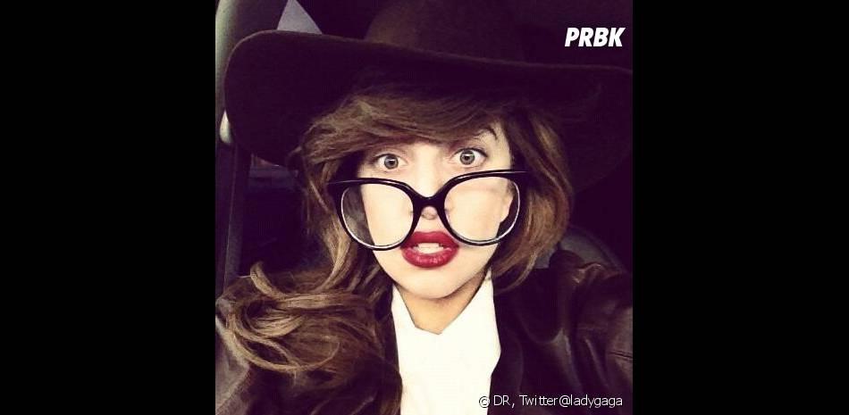 Lady Gaga sort Applause avec une semaine d'avance