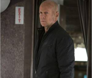Red 2 : Bruce Willis sort les muscles encore une fois
