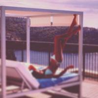 Malika Ménard en bikini : souple et sexy pendant ses vacances à Majorque