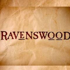 Ravenswood saison 1 : un couple et un beau gosse débarquent