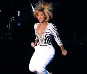 Beyoncé sépare P.Diddy et J.Cole à l'after party des MTV VMA 2013