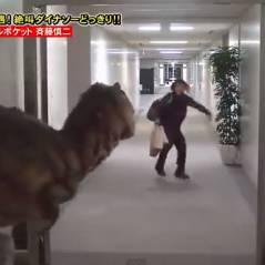 Japon : un homme attaqué dans son entreprise par... un dinosaure