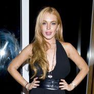 Lindsay Lohan : ultra décolletée et souriante à New York