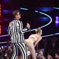 """Robin Thicke : avec Miley Cyrus ? """"Il n'y avait pas de tension sexuelle"""""""