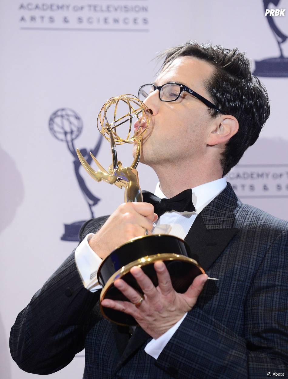Dan Bucatinsky et son prix de Meilleur guest-star dans une série dramatique aux Creative Arts Emmy Awards 2013 le 15 septembre 2013