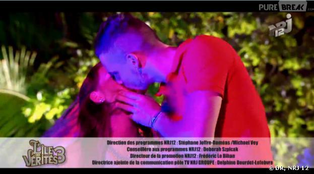 L'île des vérités 3 : Aurélie et Raphael s'embrassent