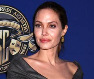 Angelina Jolie, menacée par un cancer du sein