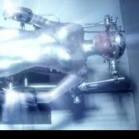 Miley Cyrus : encore nue dans le clip Real & True de Future
