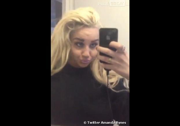 Amanda Bynes accro au selfie