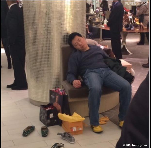 Miserable Men : quand les hommes subissent les séances shopping de leurs copines... (PHOTOS)
