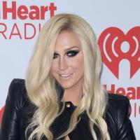 """Kesha : direction la rehab pour """"réapprendre à m'aimer"""""""