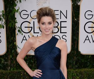 Amber Heard sexy sur le tapis rouge des Golden Globes 2014
