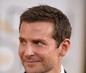 Bradley Cooper sur le tapis rouge des Golden Globes 2014