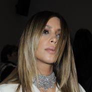 Kim Kardashian à Paris : gênée par son propre décolleté pendant la Fashion Week