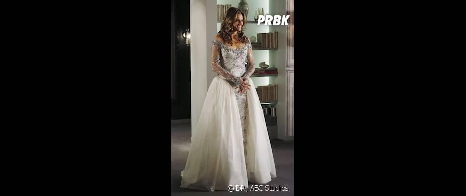 Castle saison 6, épisode 14 : nouvelle image de la robe de mariée de Beckett