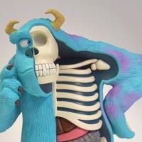 [PHOTOS] Insolite : un artiste américain nous fait découvrir l'anatomie des jouets les plus célèbres