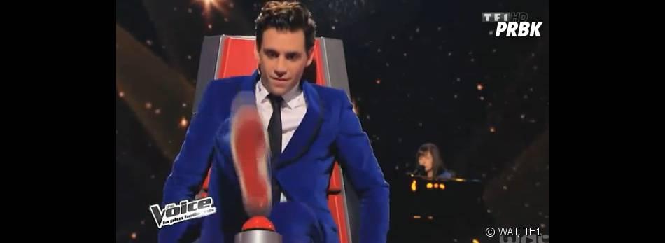 The Voice 3 : buzz du pied pour Mika