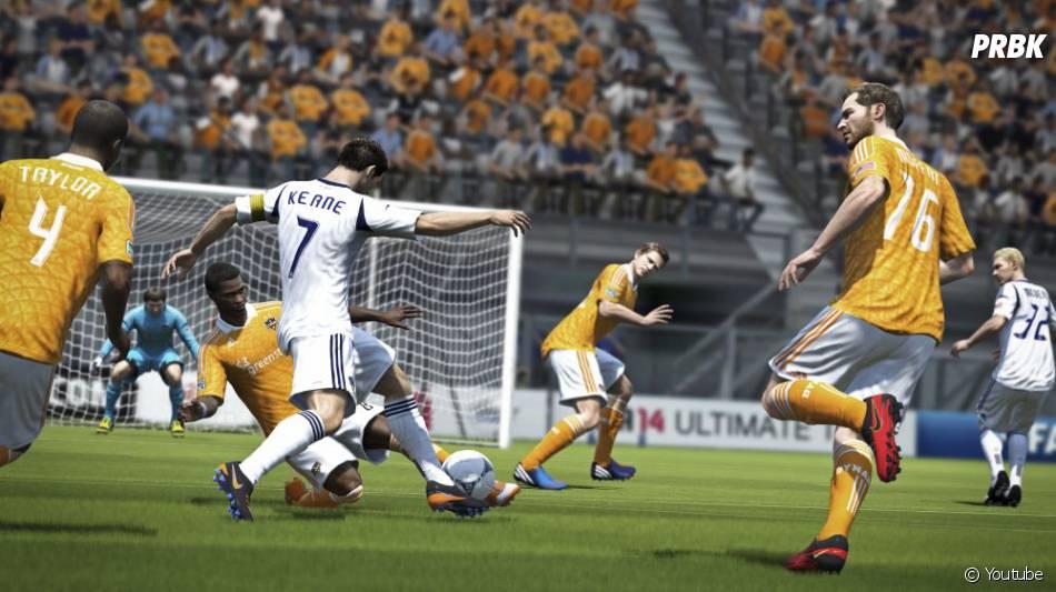 FIFA 14 est disponible depuis le 26 septembre 2013 sur Xbox 360, PS3 et PC