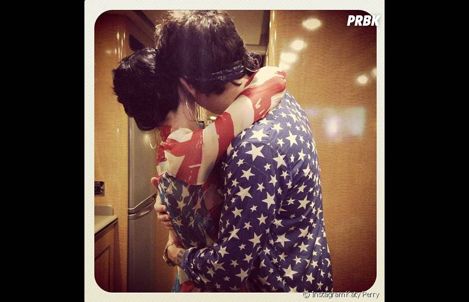 Katy Perry et John Mayer se seraient fiancés