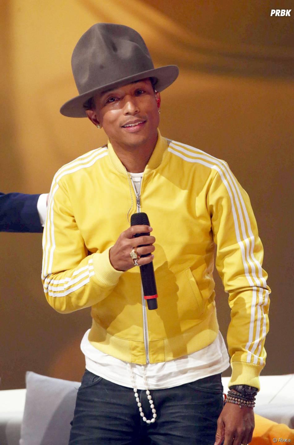 Pharrell Williams : sur eBay, le chanteur vend son chapeau Vivienne Westwood