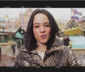 """Omar Sy, Tal, Alizée et bien d'autres stars souhaitent un joyeux anniversaire à l'attraction """"It's a small world"""" de Disneyland Paris"""