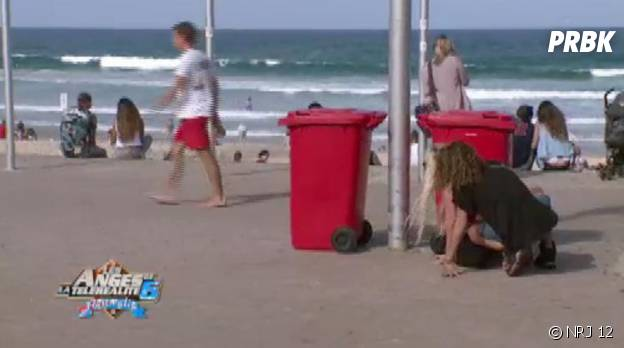 Les Anges 6 : Amélie et Eddy espionnent Anaïs et Benjamin sur la plage