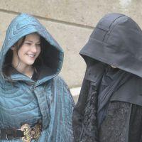 Hunger Games 3, tournage à Ivry : Jennifer Lawrence et Liam Hemsworth complices