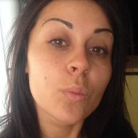 Shanna (Les Anges 6) sans maquillage : selfie au naturel sur son blog