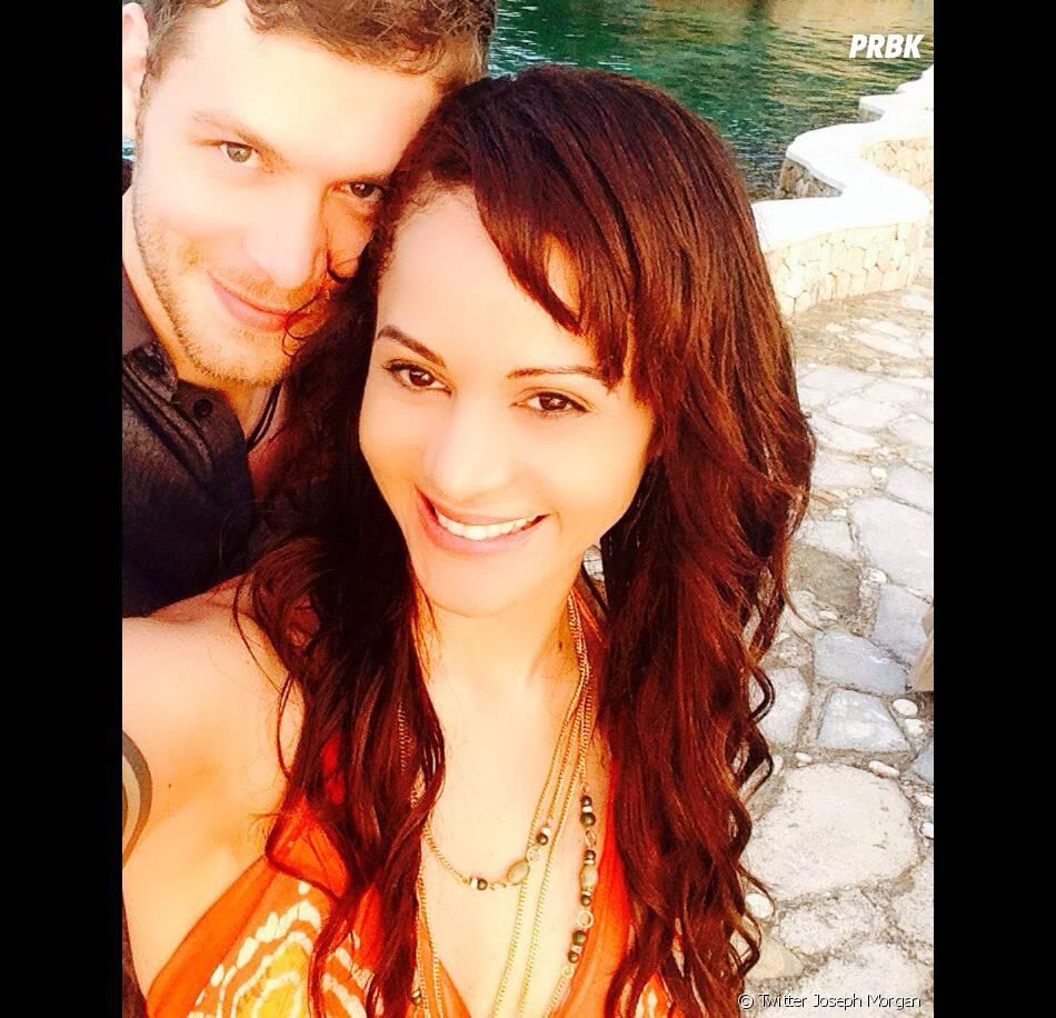 Joseph Morgan et Persia White sont fiancés