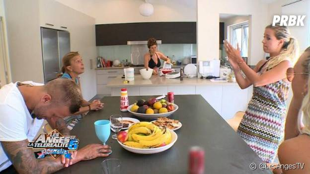 Les Anges 6 : clash entre Nelly et Linda en Australie