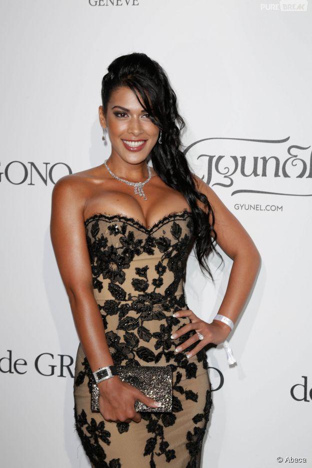 Ayem Nour est revenue sur l'incident culotte lors de son arrivée au Festival de Cannes 2014