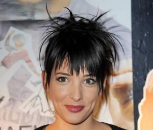 Erika Moulet : l'ancienne présentatrice de LCI rejoint NRJ12 pour co-animer Les people passent le bac avec Manu Levy