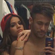 Neymar : selfie torse nu avec sa chérie après la victoire du Brésil au Mondial