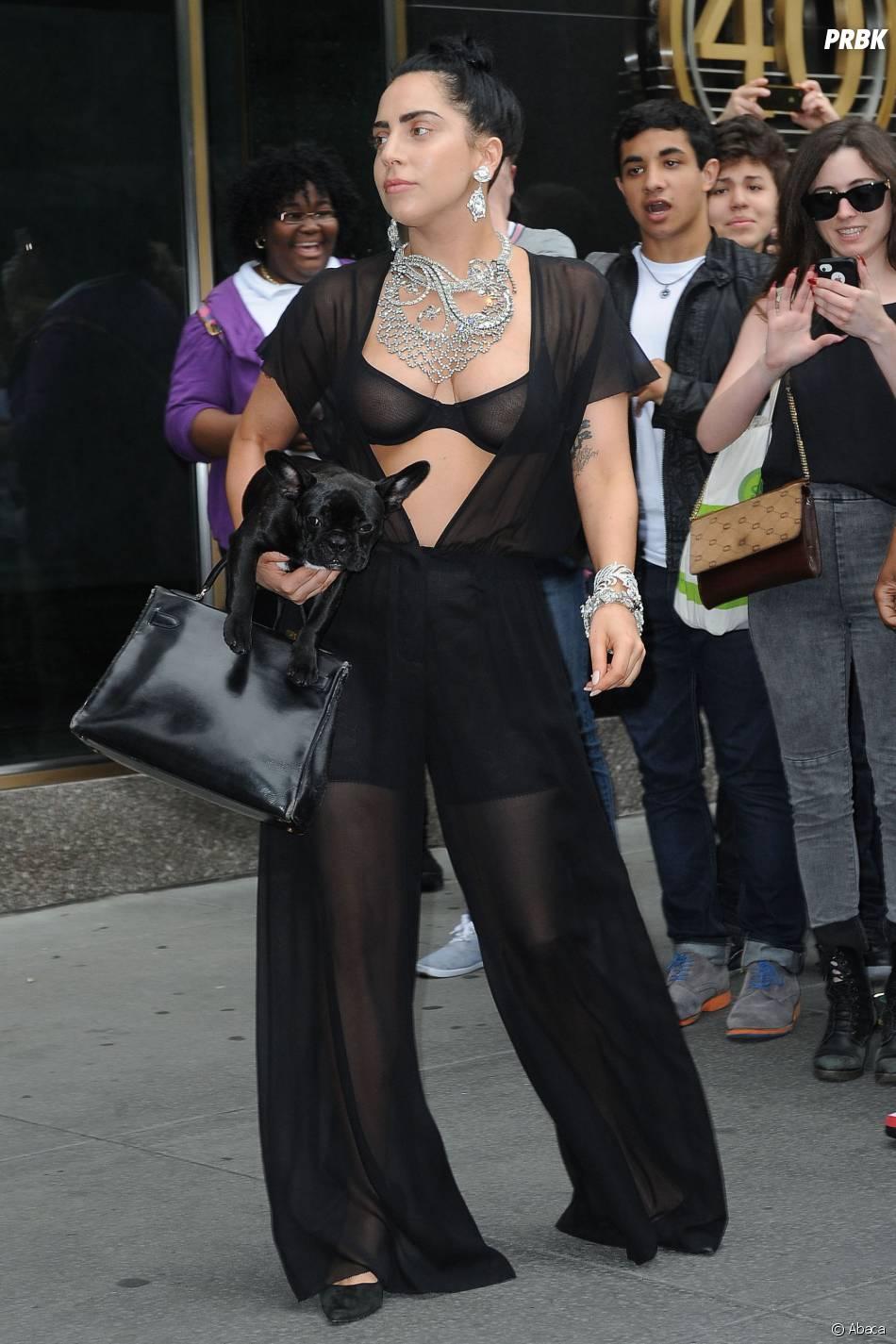 Lady Gaga : look transparent à New York, le 12 juin 2014