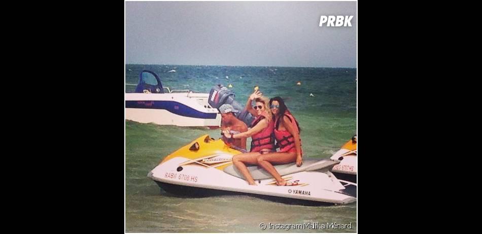 Malika Ménard : séance jet-ski en Tunisie, en juin 2014