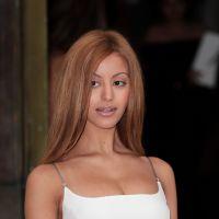 Zahia Dehar, Nina Dobrev, Jennifer Lopez : les stars sexy du défilé Versace
