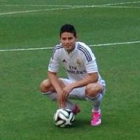 James Rodriguez (Real Madrid) sauve un supporter face aux services de sécurité